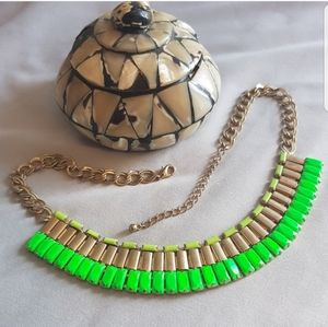 STATEMENT Necklace Gold & Green